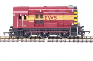 "Hornby Class 08 ""EWS LIVERY"" 08828 Diesel Electric Shunter model R2163"