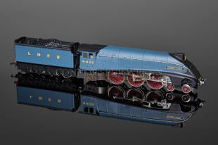 "Wrenn ""Golden Fleece"" 4495 LNER Garter Blue Class A4 Pacific W2210 AM2"