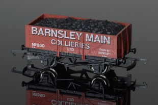 """Wrenn  """"BARNSLEY COLLIERIES""""  Plank Wagon with Load Rolling Stock W5500"""