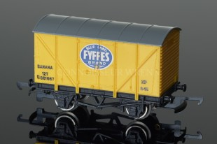 "Wrenn Ventilated Van ""FYFFES DARK YELLOW"" 12T SHORT BOX W5022"