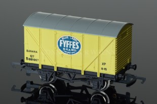 "Wrenn W5022 RARE Ventilated Van ""FYFFES PALE YELLOW"" 12T Alternative Rolling Stock"