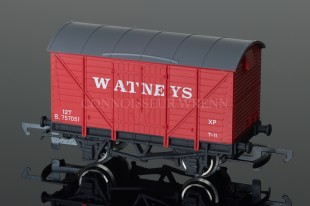 "Wrenn W5011 Ventilated Van ""WATNEYS"" 12T Alternative Rolling Stock"