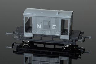 Wrenn N.E. Grey Brown 20T Guards Van 128105 PERIOD 3 BOX W5031