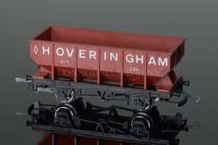 "Wrenn W5036 Hopper Wagon ""Hoveringham 230"" Red/Brown Rolling Stock"