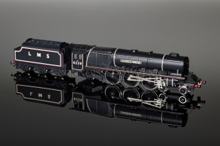 "Wrenn ""Duchess of Hamilton 6229"" Duchess Class 8P 4-6-2 LMS Black Locomotive W2241/M2"