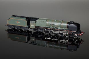 "Wrenn BR GREEN ""City of Glasgow"" 4-6-2 Duchess Class 8P Locomotive W2316"