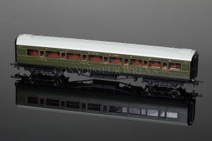 Hornby Model Railways SR Green Maunsell Compsite Coach R4299E
