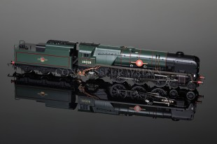 "Hornby Model Railways BR Merchant Navy Class ""Clan Line"" Locomotive R2169"