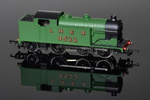 Wrenn LNER N2 Tank 0-6-2t running number 9522 Apple Green W2217