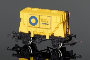 "Wrenn W5016 Presflo ""Blue Circle"" 20T Cement Wagon Rolling Stock"