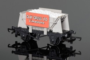 "Wrenn Ore Wagon ""CLAY CROSS LTD Limestone"" (Presflo Body) W4600P"