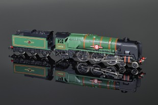 "Wrenn W2238 ""Clan Line"" BR Green 35028 4-6-2 Rebuilt Bulleid Pacific Locomotive"
