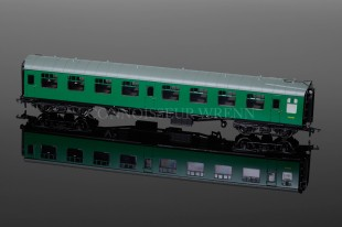 Bachmann Railways BR MK1 OPEN SO SR Southern Region Green (S4040) 39-053A