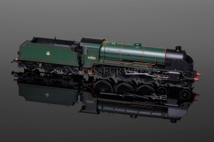 "Hornby Model Railways ""Harry Le Fise Lake"" King Arthur Class N15 SUPER DETAIL Locomotive R2582"