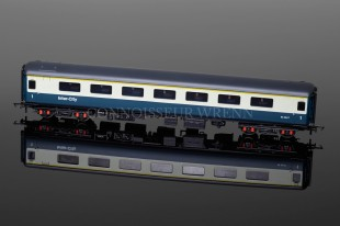 Hornby Railways BR MK2E Open FIRST Coach W3247 Model R4611