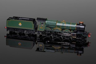 "Hornby Castle Class ""THE TYSELEY CONNECTION"" 4-6-0  locomotive model R3301"