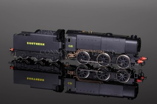 Hornby Model Railways SOUTHERN C21 Class Q1 0-6-0 SUPER DETAIL Locomotive R2343A
