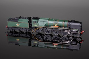 "Hornby BR Rebuilt West Country Class ""Padstow"" 34008 Locomotive R2708"