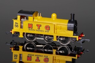 Wrenn BLACK ROOF N.T.G Yellow Class R1 Tank 0-6-0T Locomotive W2202