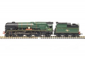 "Hornby BR Rebuilt West Country Class ""OAKHAMPTON"" 34013 Locomotive R3203"