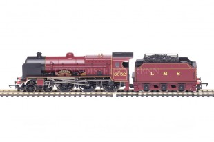 "Hornby Patriot Class ""ILLUSTRIOUS"" 4-6-0 LMS Maroon running no. 5532 model R2936"