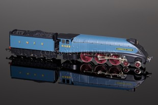 "Wrenn ""Dominion of Canada"" 4489 LNER Garter Blue Class A4 Pacific  W2295M2"