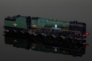 "Hornby Model Railways ""Sir Keith Park"" Rebuilt Battle Britain Class Locomotive R2586"