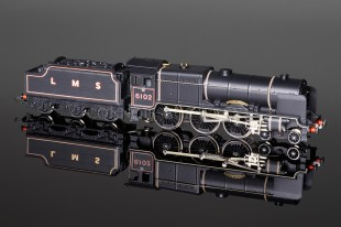 "Wrenn ""Black Watch 6102"" Royal Scot Class 6P 4-6-0 LMS Black Locomotive W2261"