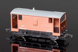 Wrenn 20T BR Brown Guards Van no.M730973 model reference W4311X