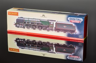 "Hornby ""City of Sheffield"" BR Green 4-6-2 Duchess Class 8P Locomotive R2782XS"
