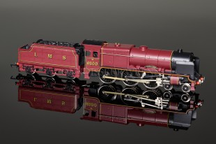 "Wrenn ""Royal Scot 6100"" Royal Scot Class 6P 4-6-0 LMS Maroon Locomotive W2260"