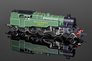 "Wrenn ""Southern Lined Green 1927"" Standard Tank 2-6-4t Locomotive model W2245"