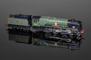 "Wrenn  ""Lord Dowding"" Limited Edition 4-6-2 Bulleid Battle of Britain Loco W2415"