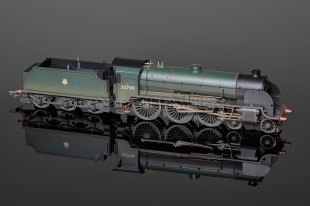 "Hornby Model Railways ""Sir Ironside"" King Arthur Class N15 SUPER DETAIL ref R2621"