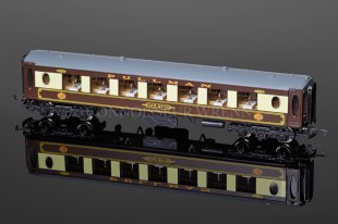 "Wrenn Brake 2nd Class White Table ""PULLMAN"" Car 73 Passenger Coach W6001"
