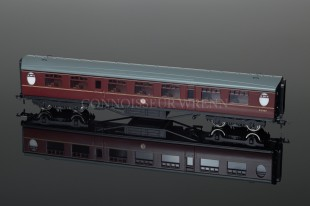 Bachmann Branch-Line Model Railways Thompson SK 2ND Corridor BR Marron 34-378A