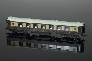 Hornby Model Railways 8 Wheel Pullman 3rd Class Parlour Car no.34 R4479