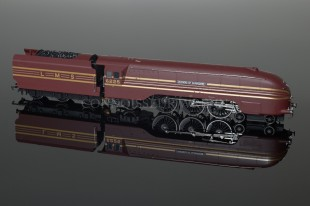 "Hornby Railways ""Duchess of Gloucester"" LMS Streamlined Coronation Class Loco R2179"
