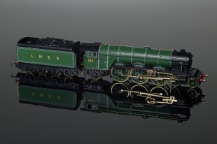 "Hornby ""FLYING SCOTSMAN"" A3 LNER 4-6-2 LTD EDITION 18CT GOLD Ref: R2146"