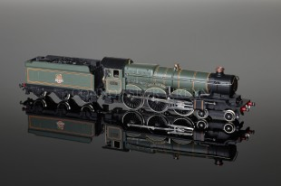 "Wrenn W2400 4-6-0 Castle Class ""Great Western"" BR Green Livery Locomotive Ltd Edition"