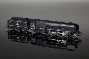 "Wrenn W2414 ""City of Nottingham"" Duchess Class 8P 4-6-2 BR Black Locomotive"
