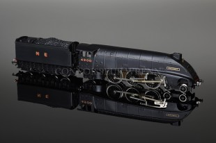 "Wrenn W2213/A ""Gannet NE 4900"" A4 Class Wartime Black Locomotive."