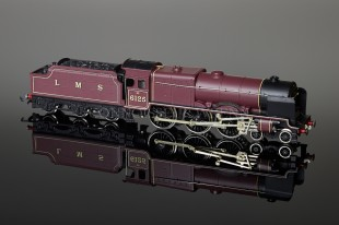 "Wrenn ""Lancashire Witch"" Royal Scot Class 6P 4-6-0 LMS Maroon 5 Pole Motor Locomotive W2274"