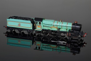 "Wrenn W2221B 4-6-0 Castle Class named ""Brecon Castle"" BR Experimental Green Livery Locomotive"