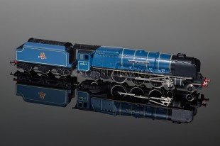 "Wrenn W2229 ""City of Glasgow"" 4-6-2 Duchess Class 8P BR Blue Locomotive"