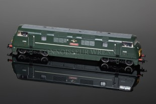Bachmann Class 42 Warship Diesel Onslaught BR Green 32-051