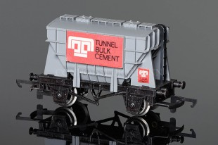 "Wrenn W5005 Presflo ""Tunnel Cement"" 20T Cement Wagon PERIOD 4 Rolling Stock"