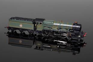 "Wrenn 4-6-0 Castle Class ""Neath Abbey"" BR Green Livery Locomotive W2284"