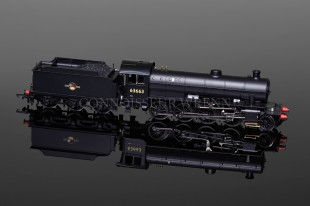 Hornby Railways BR 2-8-0 O1 Class Loco running no. 63663 model R3227