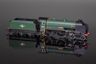 "Hornby Model Railways ""Winchester"" Schools Class SUPER DETAIL Locomotive R2845"